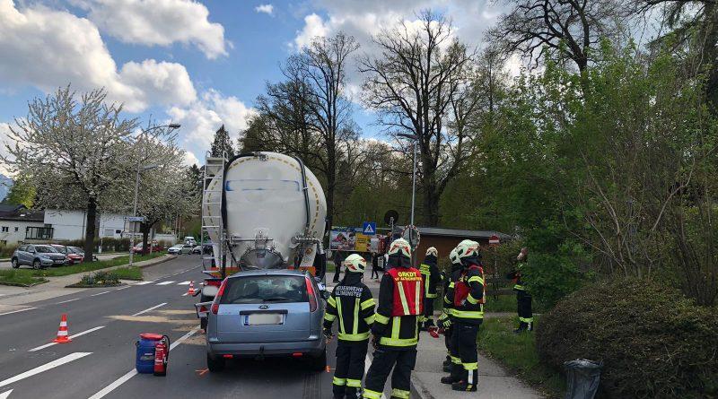 """Schwerer Auffahrunfall im Nachmittagsverkehr"""