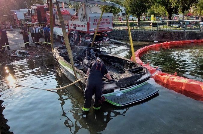 Boot in Brand geraten